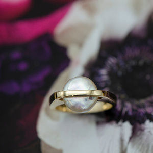 14k Yellow Gold Button Pearl Ring